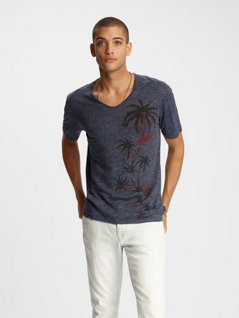 BETHEL V-NECK PALM TREE TEE