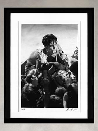 Iggy Pop by Larry Busacca