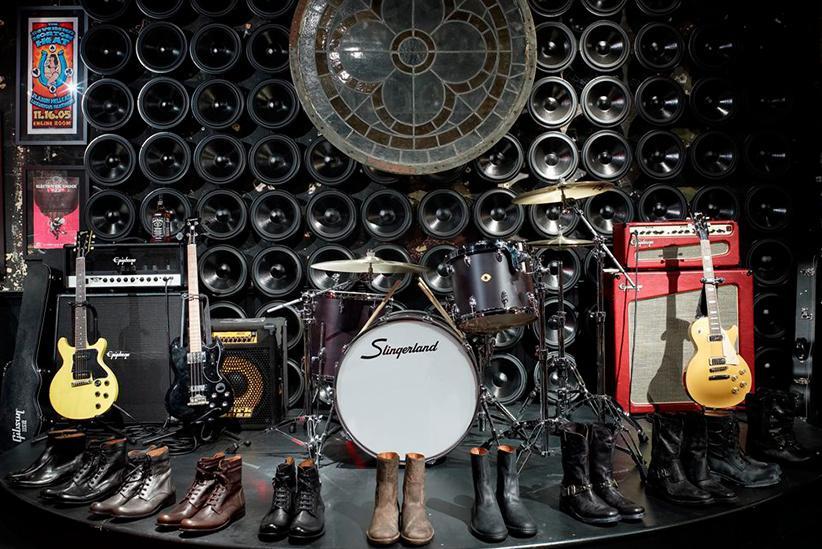 John Varvatos: una tienda de ropa en NYC muy musical, en el antiguo CBGB. Boutique_3008_1