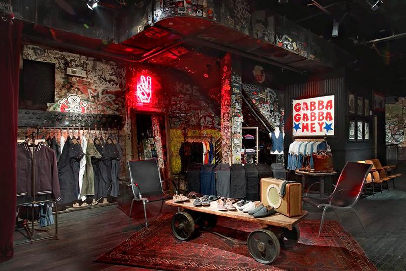 John Varvatos: una tienda de ropa en NYC muy musical, en el antiguo CBGB. Boutique_3008_3
