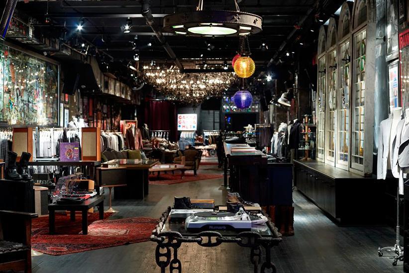 John Varvatos: una tienda de ropa en NYC muy musical, en el antiguo CBGB. Boutique_3008_4