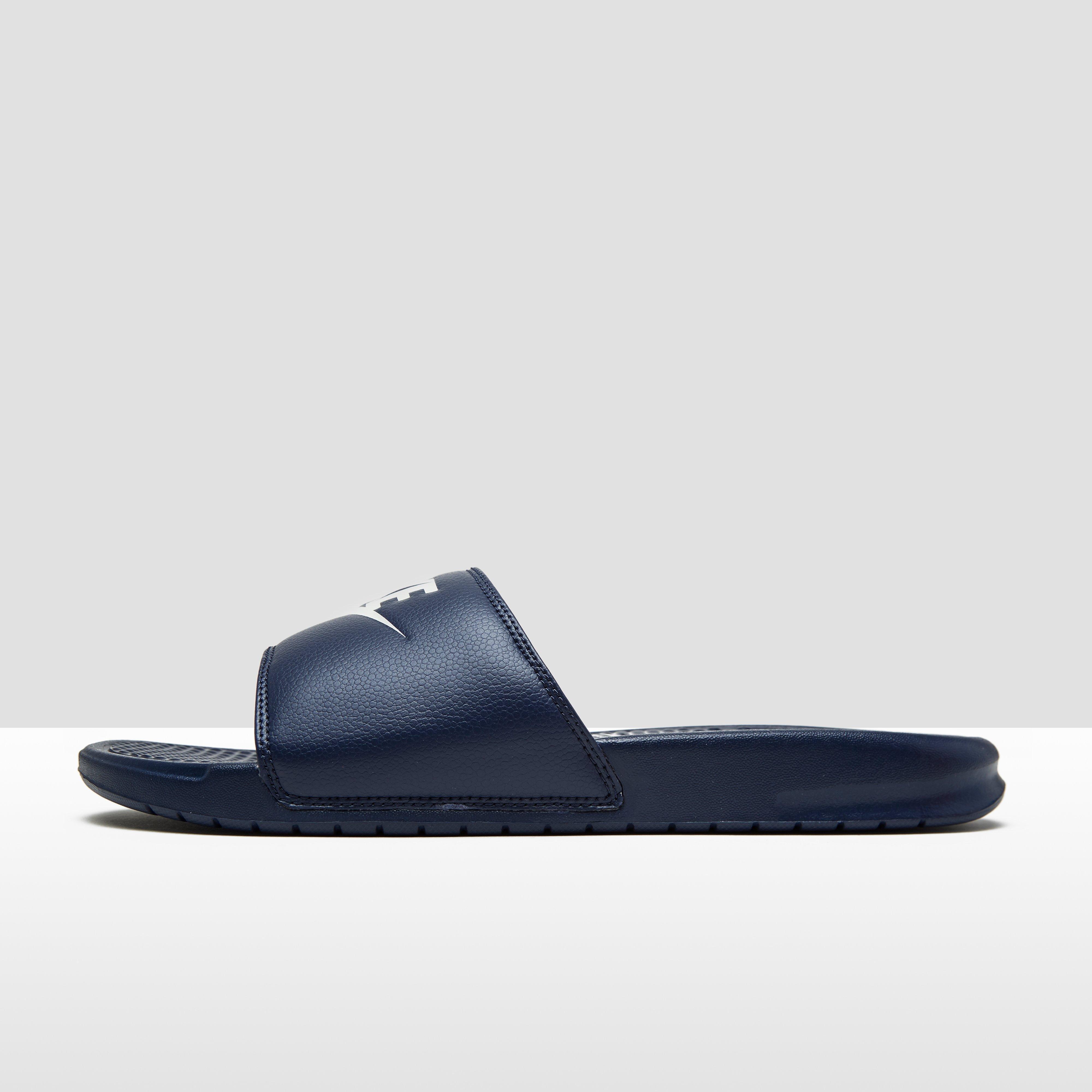 Benassi Chaussures Bleu Nike Pour Les Hommes WlTM7yl