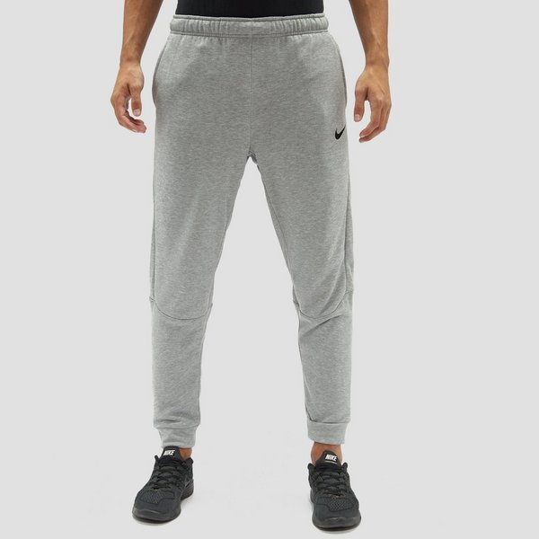 56dc0642f8d1 NIKE DRY TAPER FLEECE JOGGINGBROEK GRIJS HEREN
