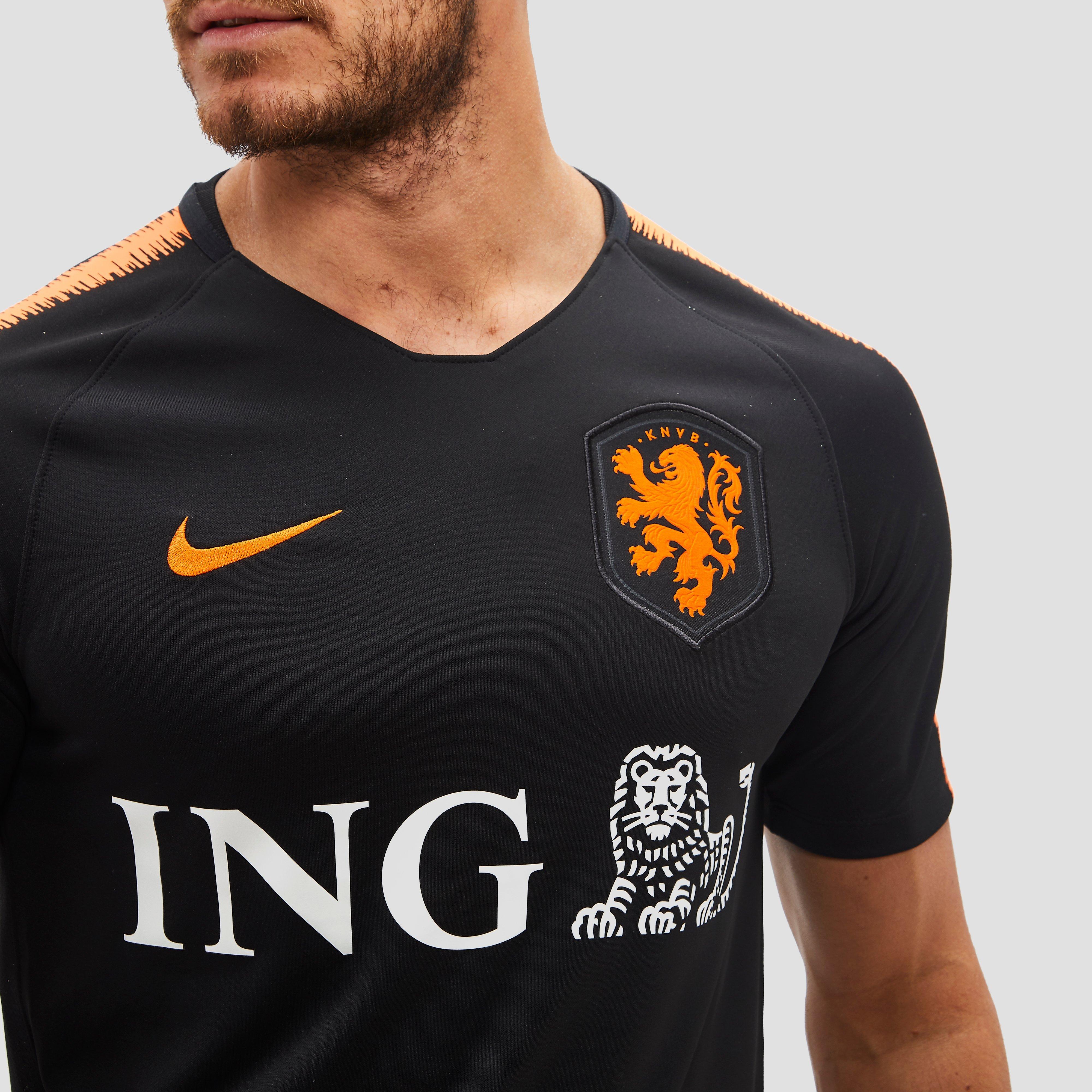 NIKE KNVB BREATHE NL TRAININGSSHIRT ZWART/ORANJE HEREN