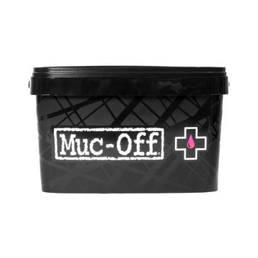 Pink Muc Off 8 in 1 Bike Cleaning Kit