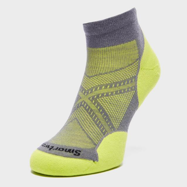 cf7256e65e2 Yellow SMARTWOOL Men's PHD Run Light Elite Mini Socks image 1