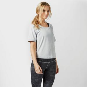 THE NORTH FACE Women's Mountain Athletics Motivation T-Shirt