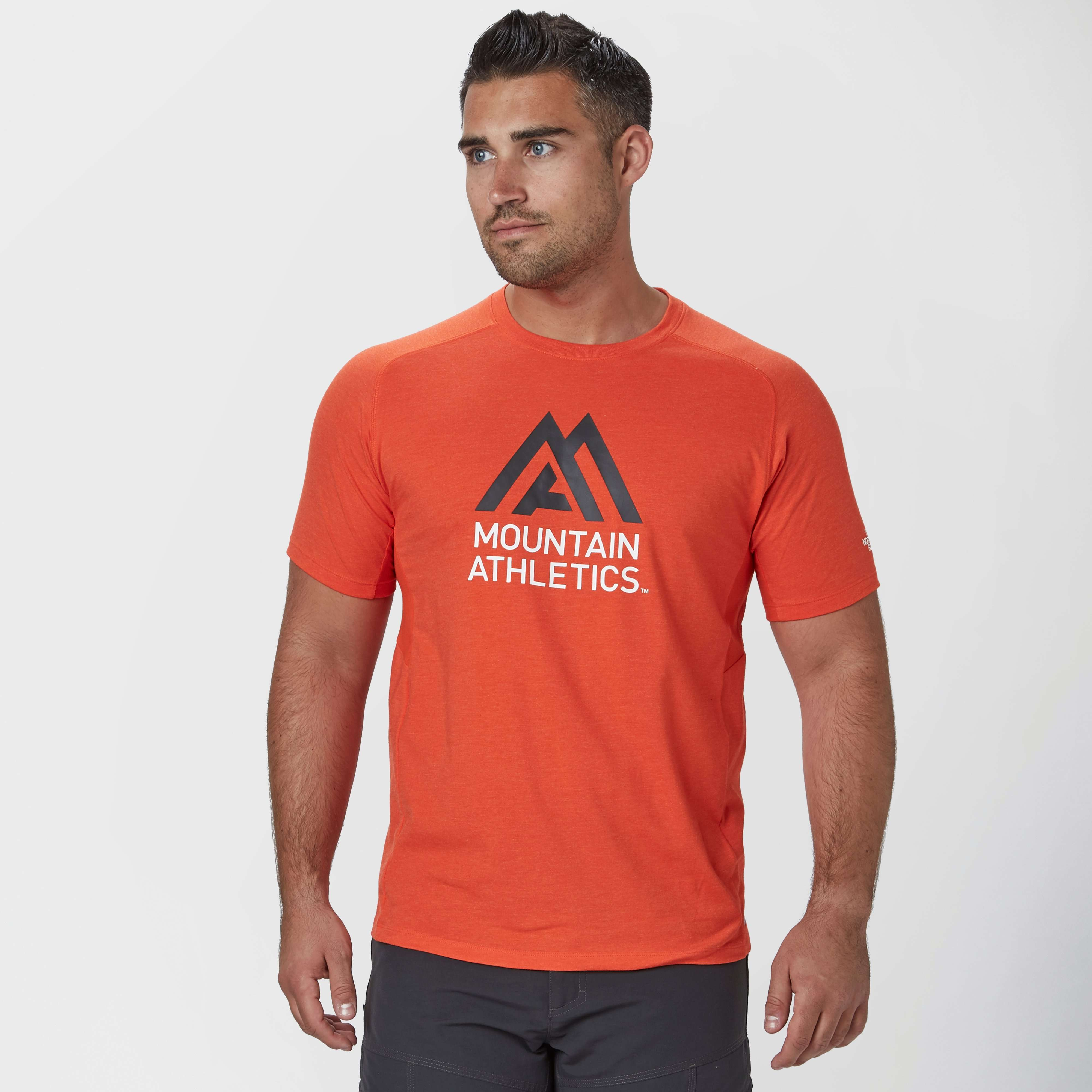 THE NORTH FACE Men's Mountain Athletics Wicking T-Shirt