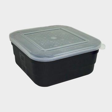 BLACK FLADEN Black 2 5 Pint Square Bait Box