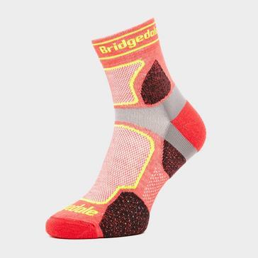 Red Bridgedale Men's Ultra Light T2 COOLMAX® Sport Low Socks
