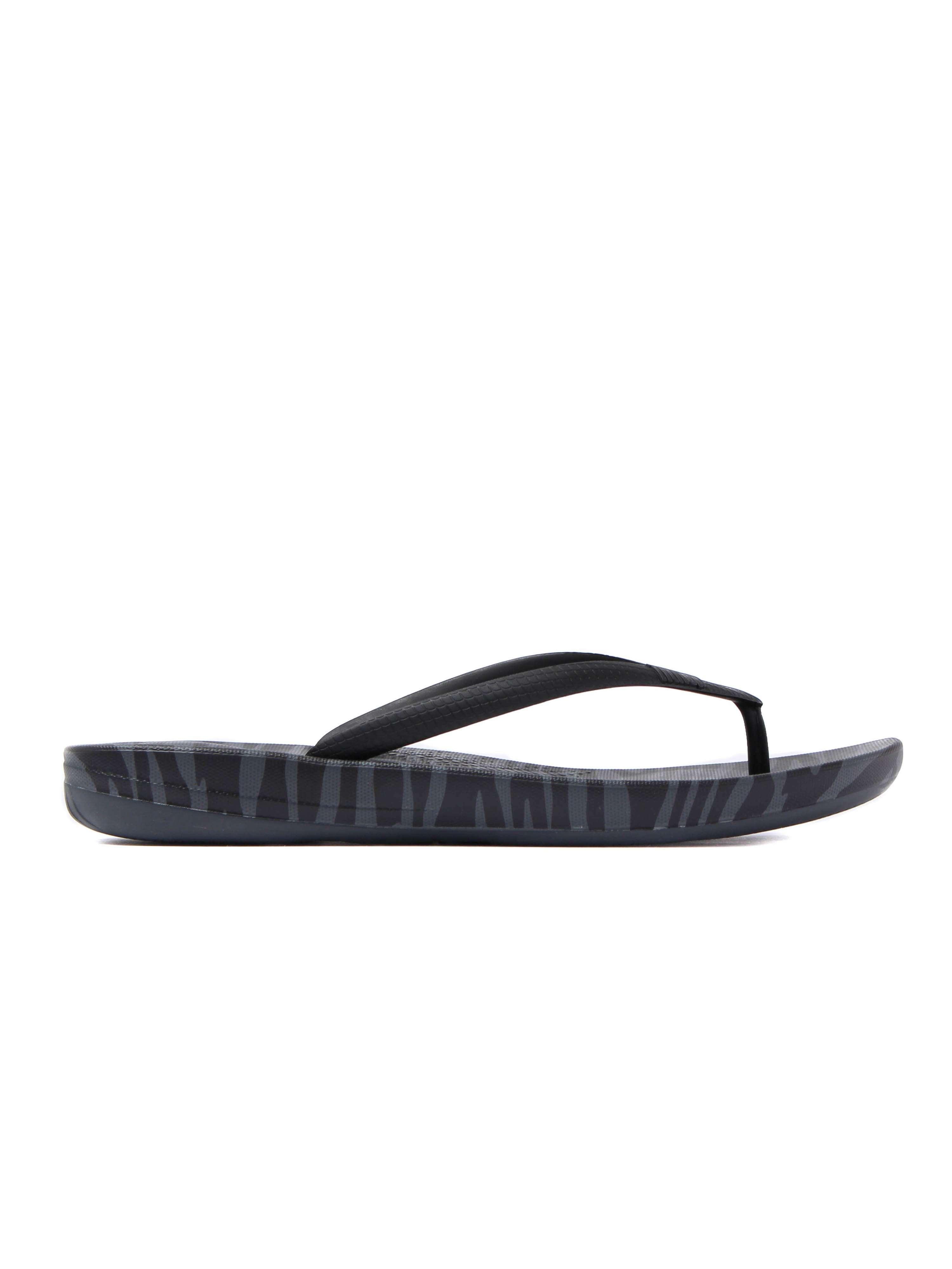 FitFlop Women's IQushion Ergonomic Flip Flops - Charcoal Tiger Print
