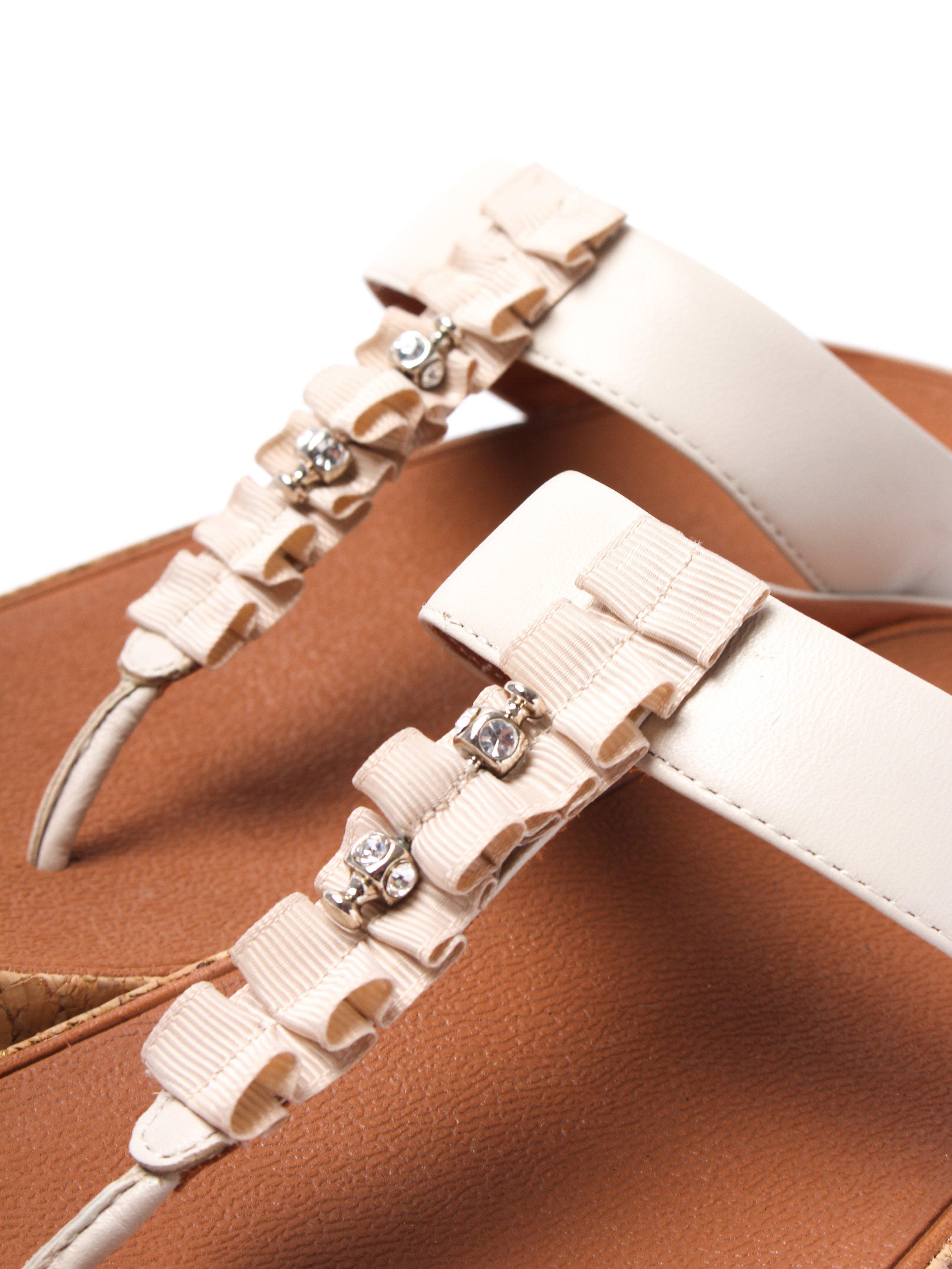 FitFlop Women's Ruffle Toe-Thong Sandals - Cream