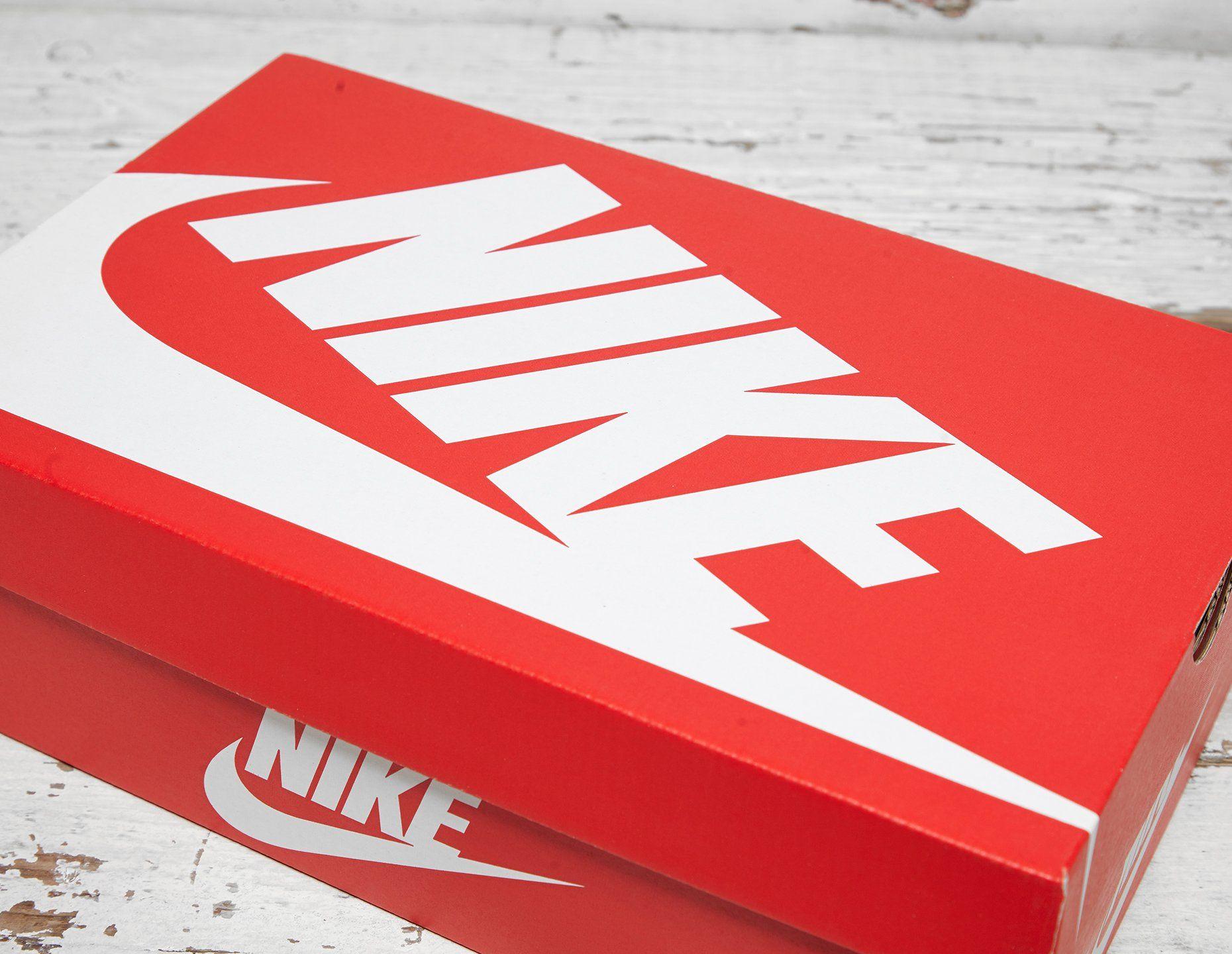 Nike Air Max 95 Greatest Hits Women's