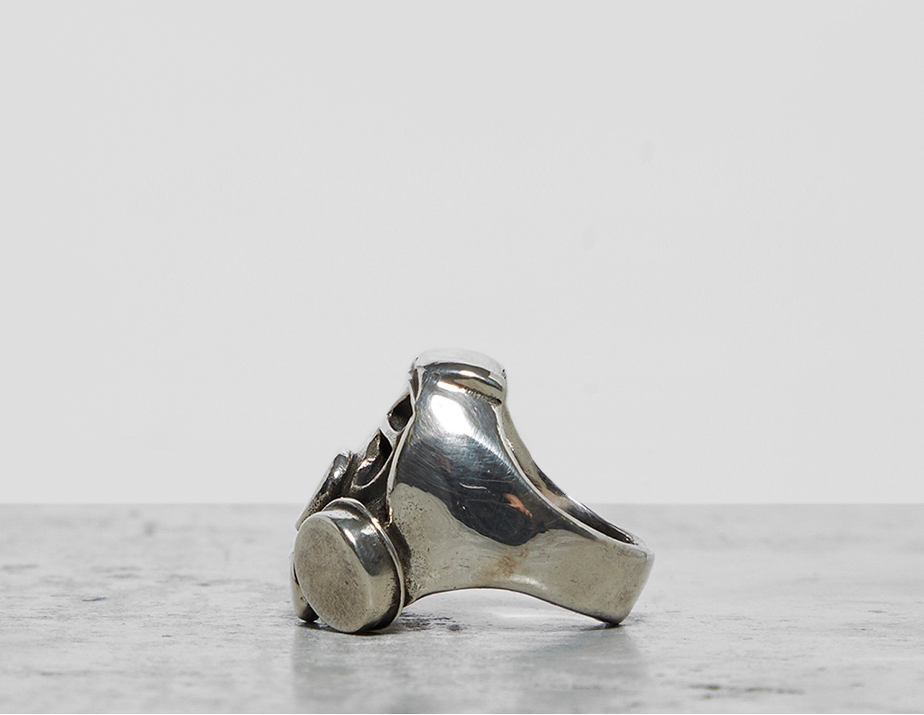 Footpatrol Duffy Gasmask Ring