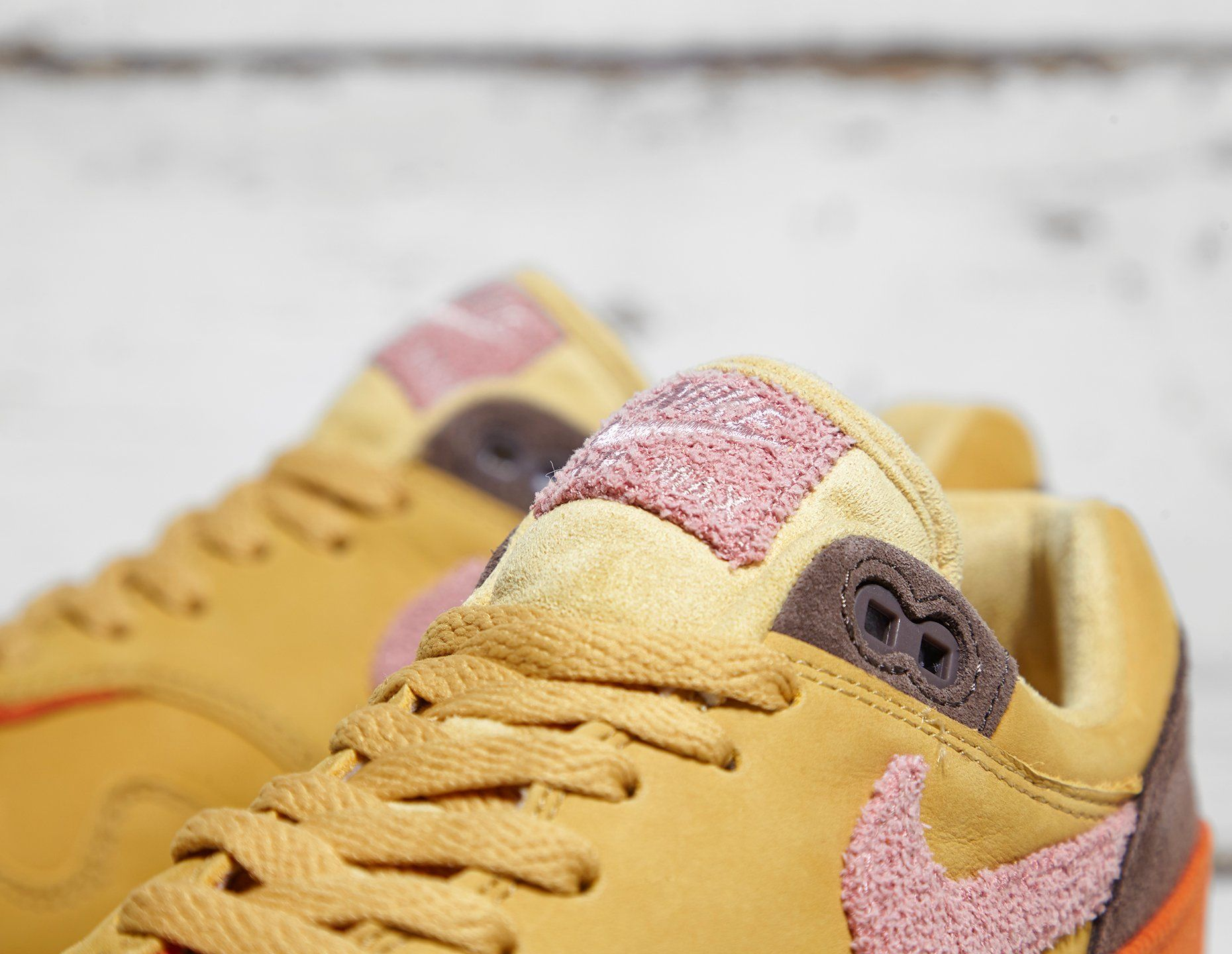 Nike Air Max 1 Premium 'Crepe'