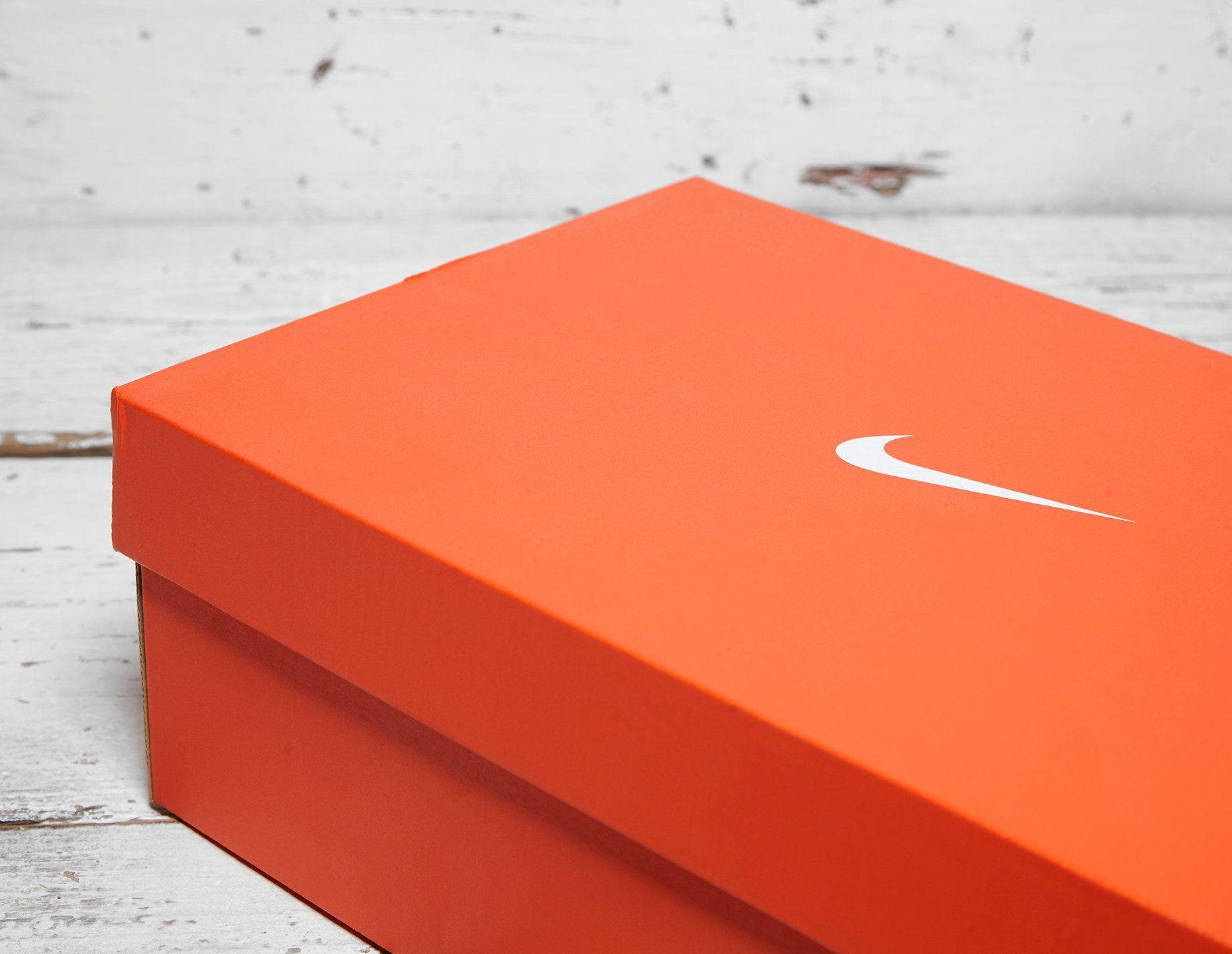 Nike Rise React Flyknit