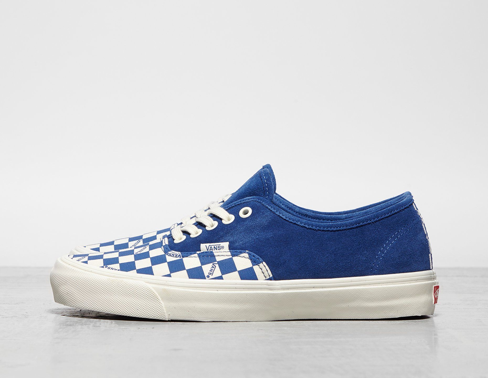 Vault by Vans Authentic LX