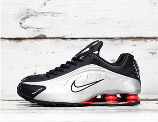 821c67c52bd2 Nike Shox R4