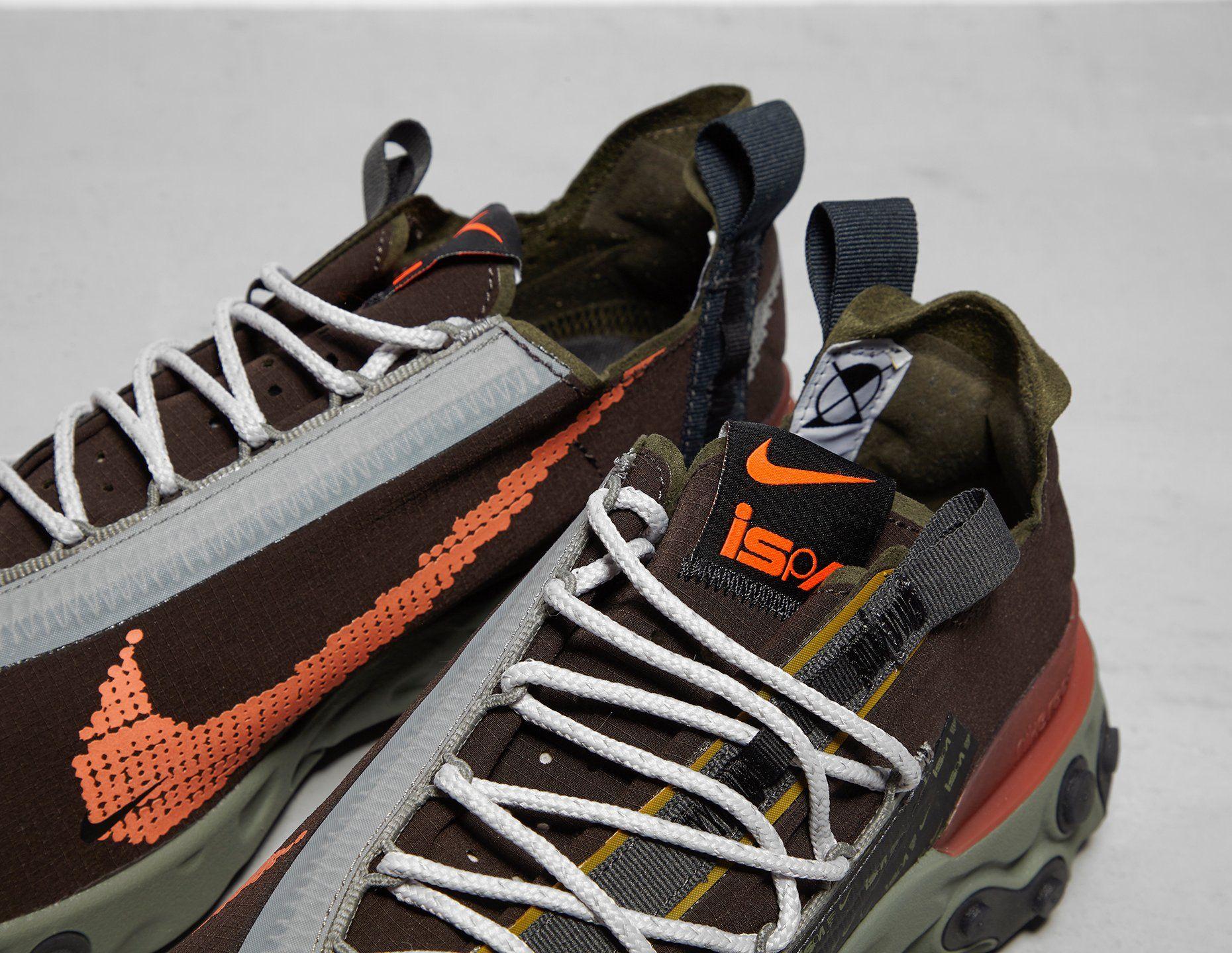 Nike React WR ISPA