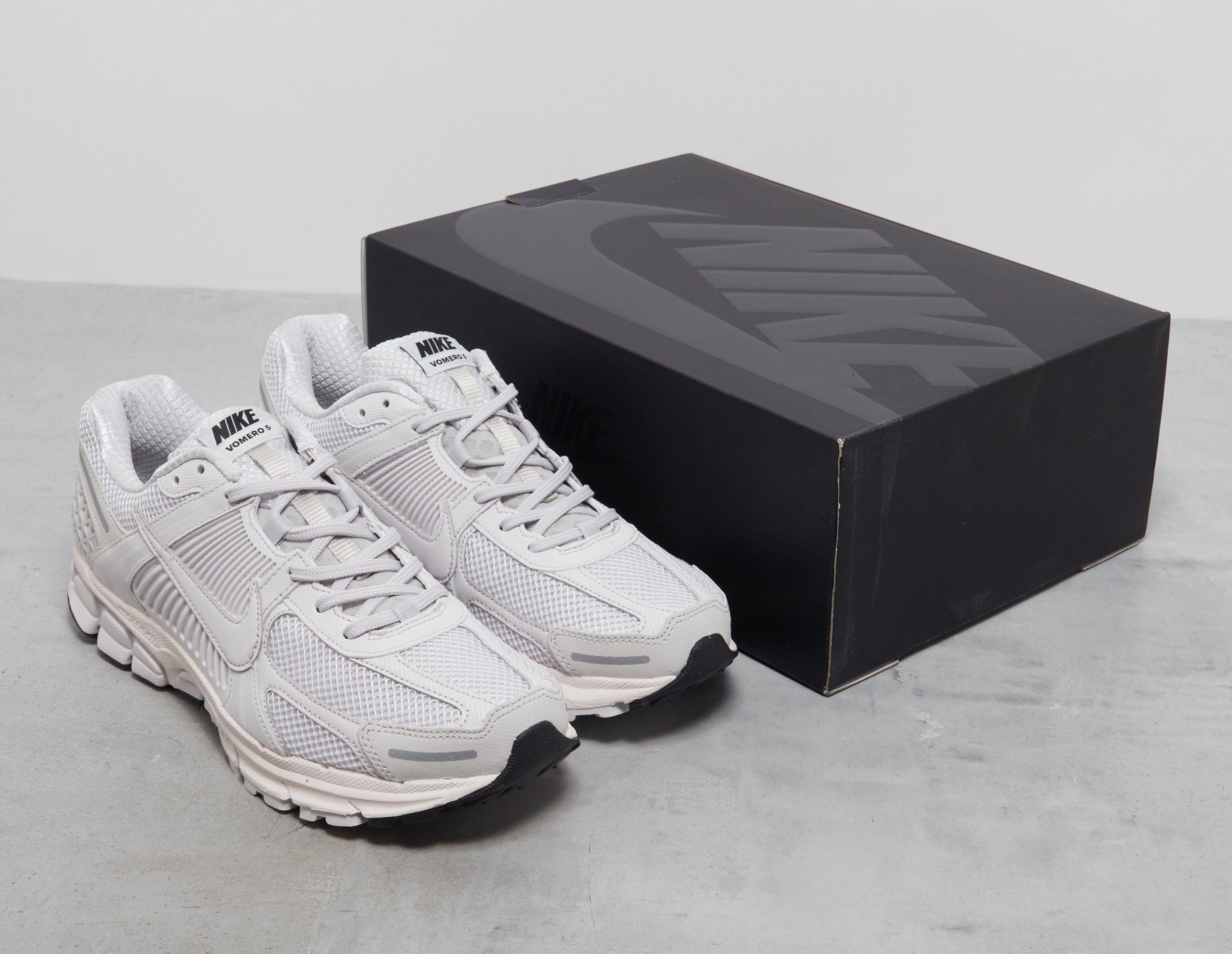 Nike Zoom Vomero 5