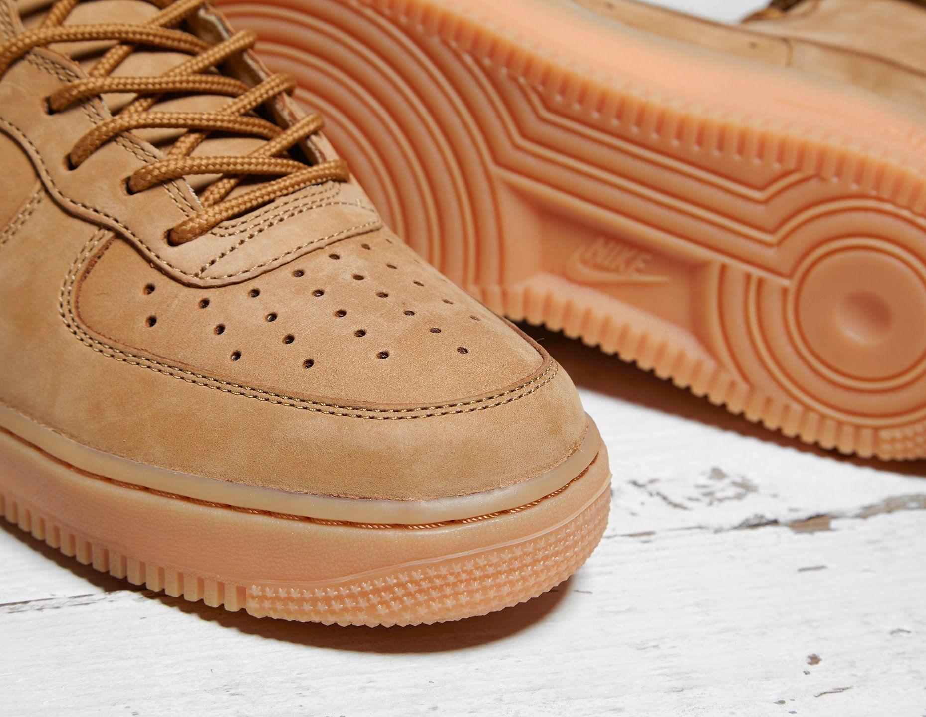 Nike Air Force 1 High LV8