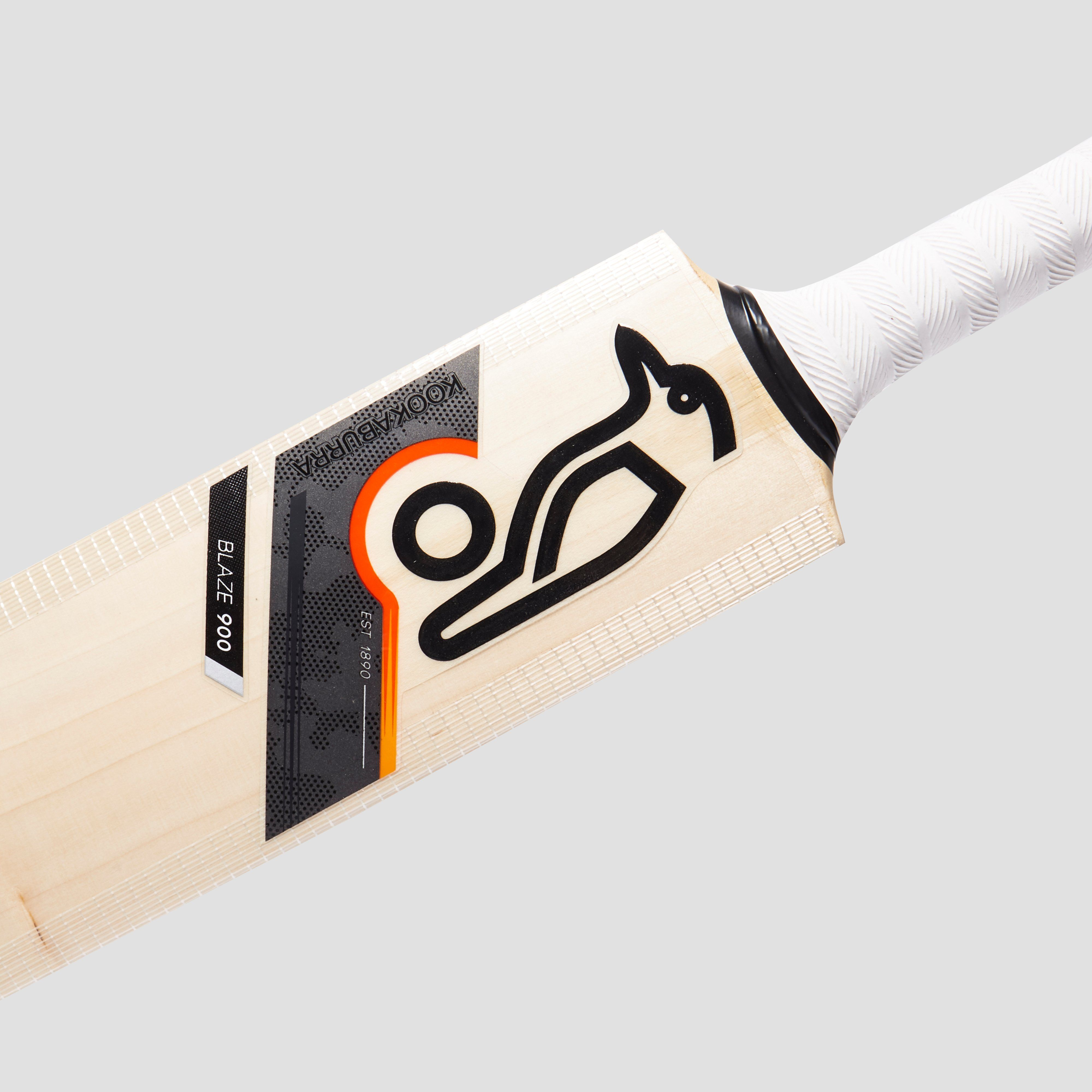 Kookaburra Blaze 900 Junior Cricket Bat