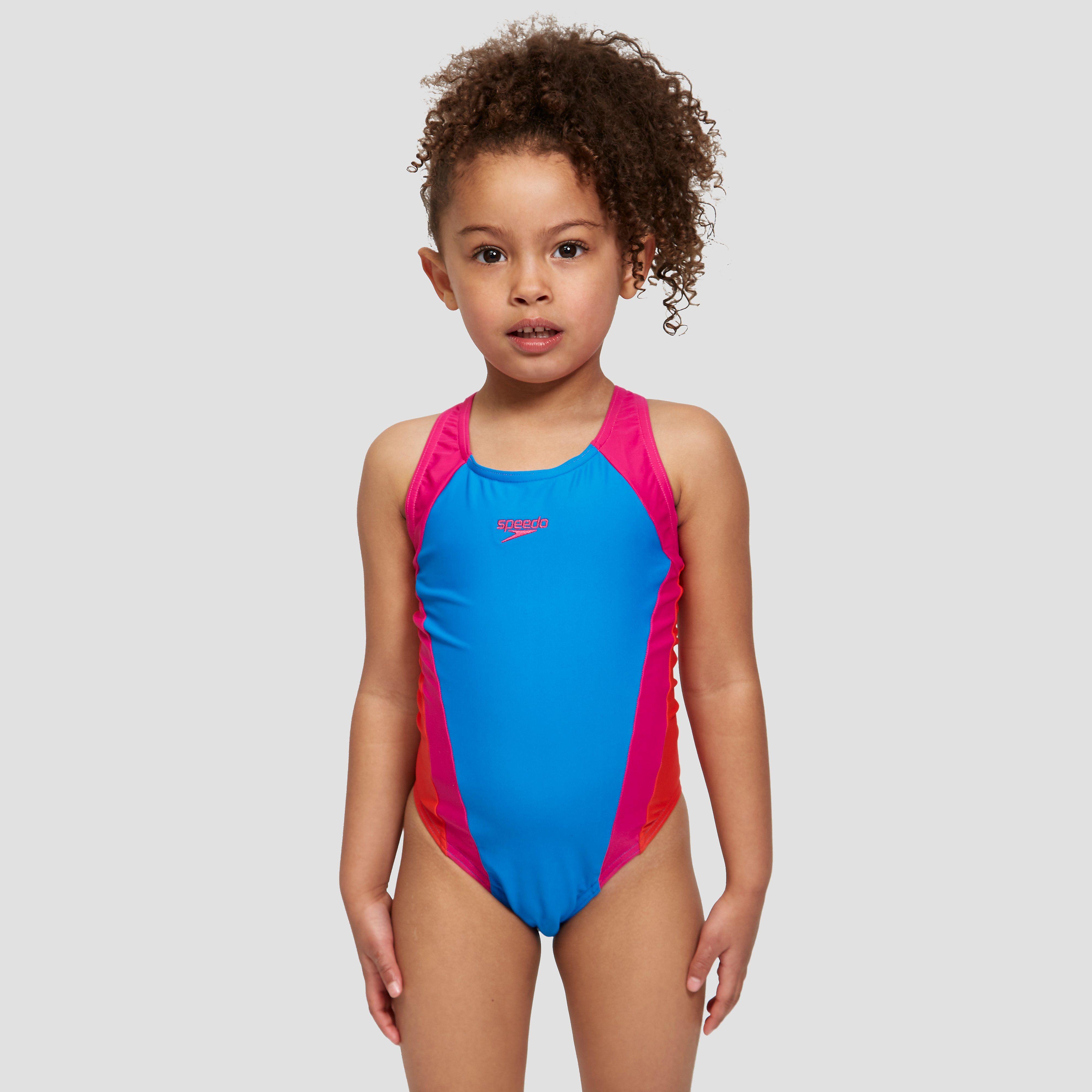 teen-models-in-speedo-swimwear-pics