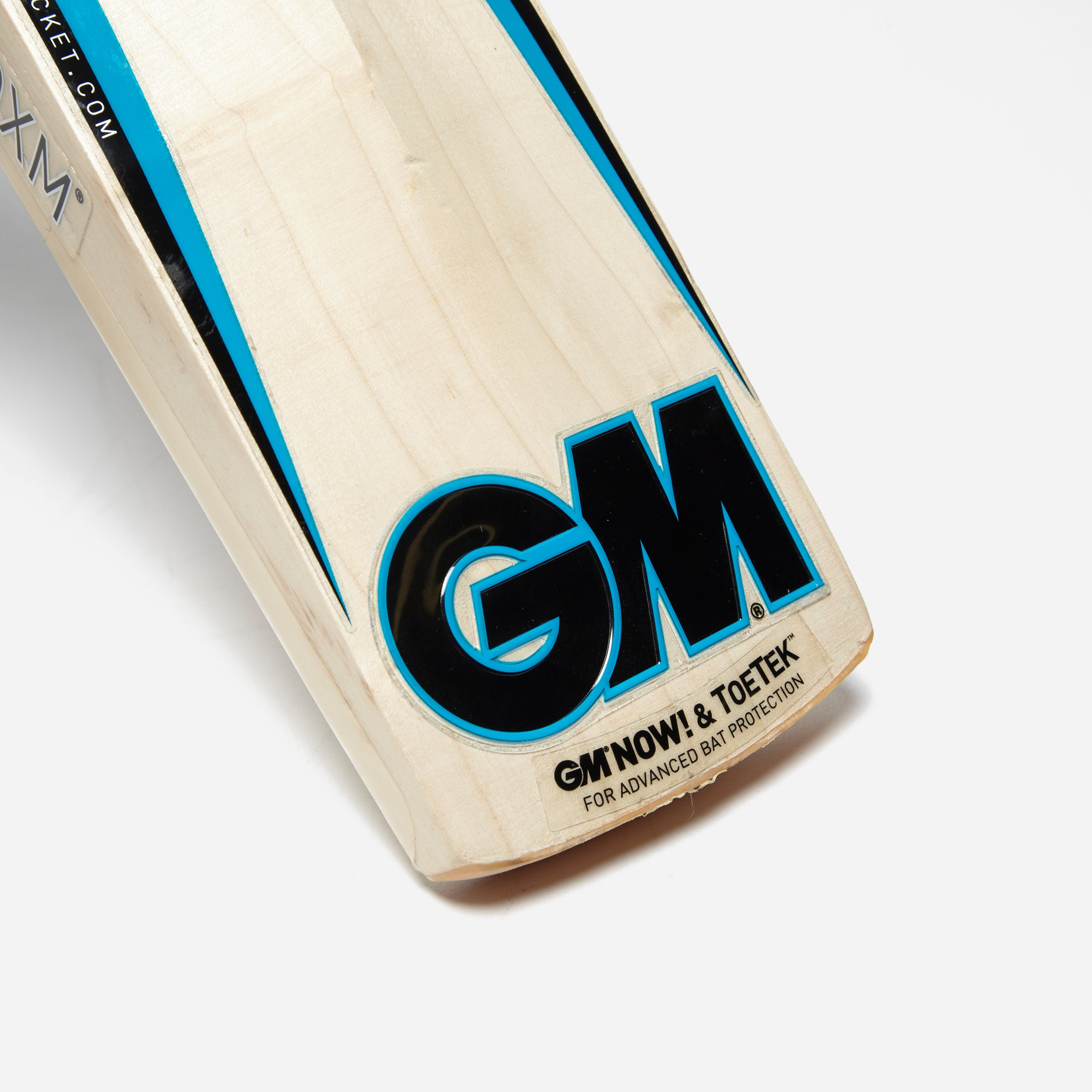 Gunn & Moore Neon 606 Junior Cricket Bat
