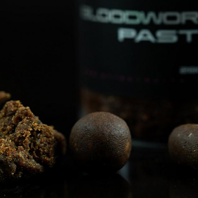 Brown Sticky Baits Bloodworm Paste image 3