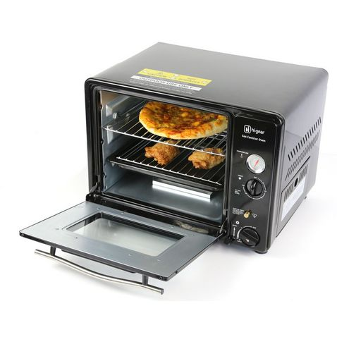 Cooking Outdoors   Camping Stoves, Barbecues and Tableware