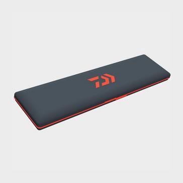 Multi Daiwa Rig Case Red Black 12