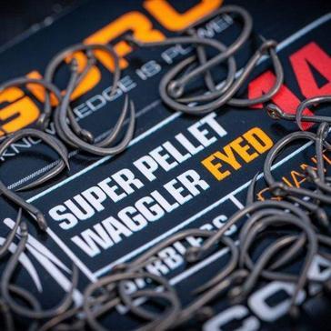 Black GURU Super Pellet Waggler Size 18
