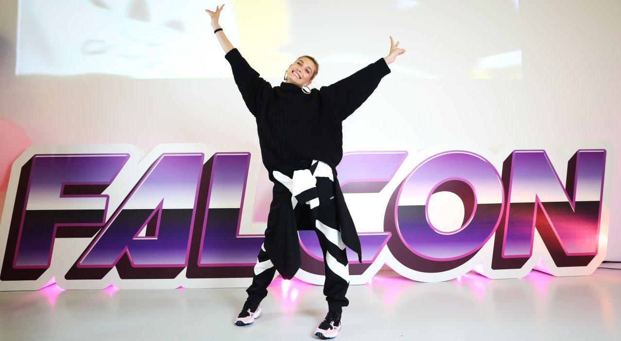 Evento con sfilata adidas Originals Falcon x Haley Baldwin