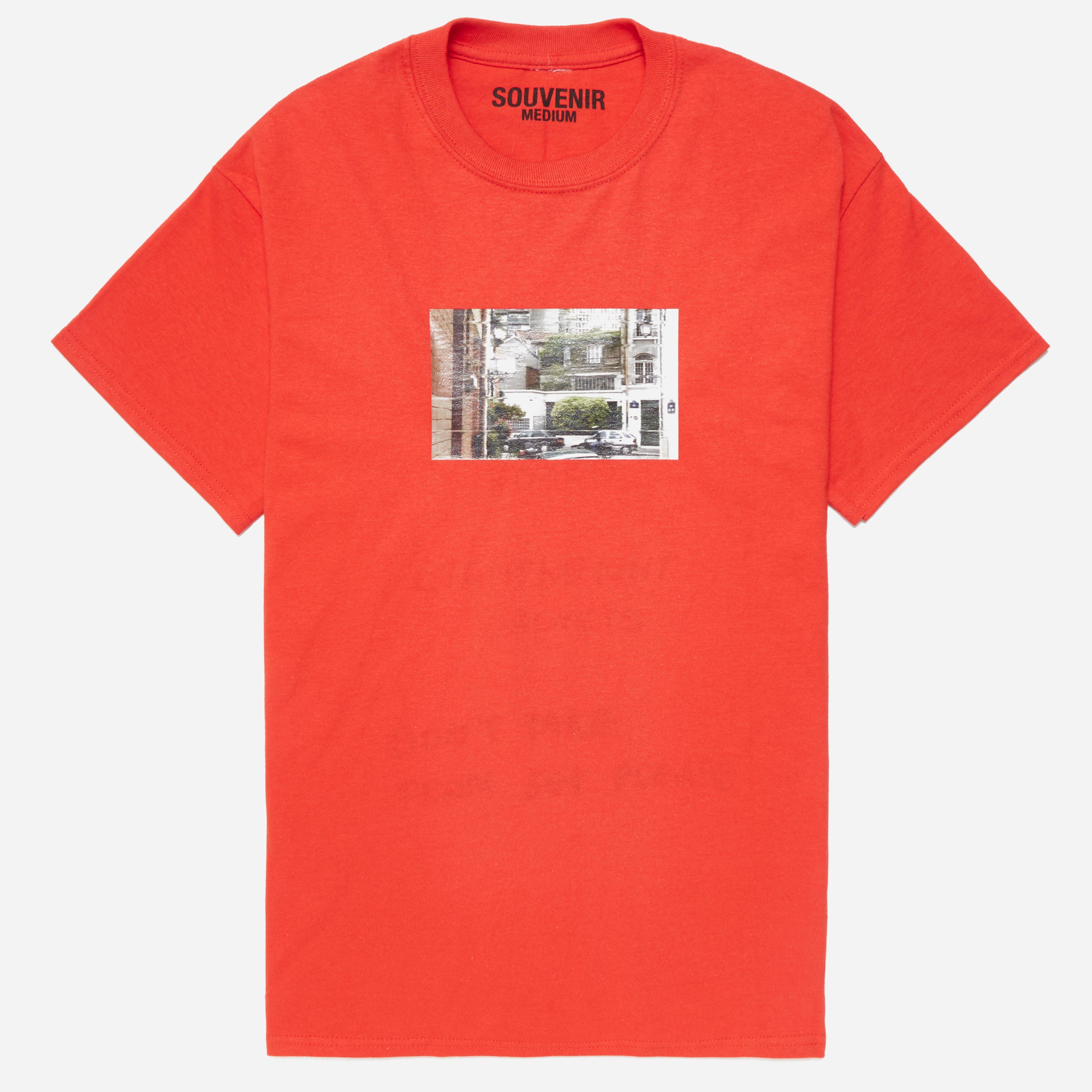 Tres Bien Souvenir Cache T-shirt