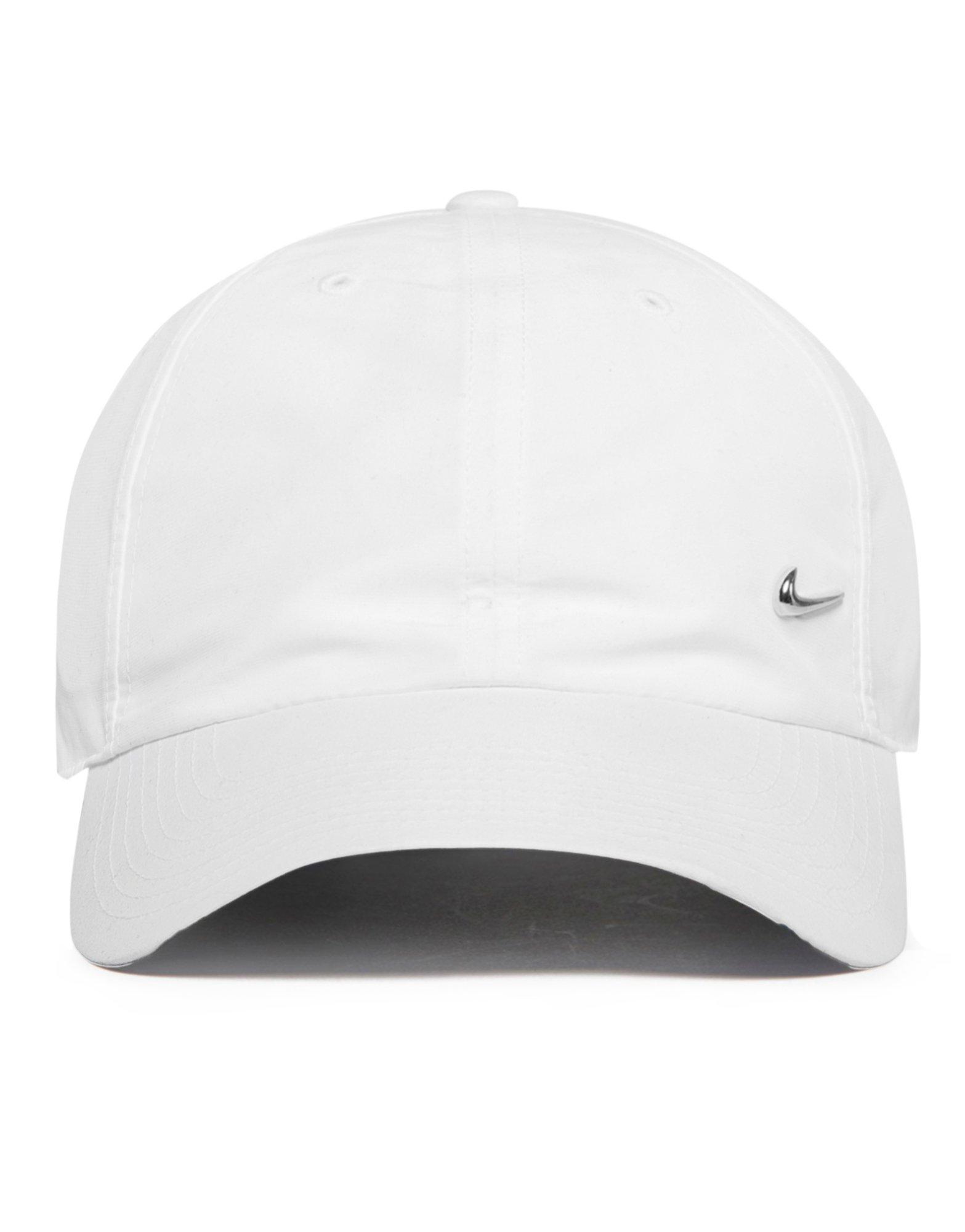 Nike Chapeaux Blancs