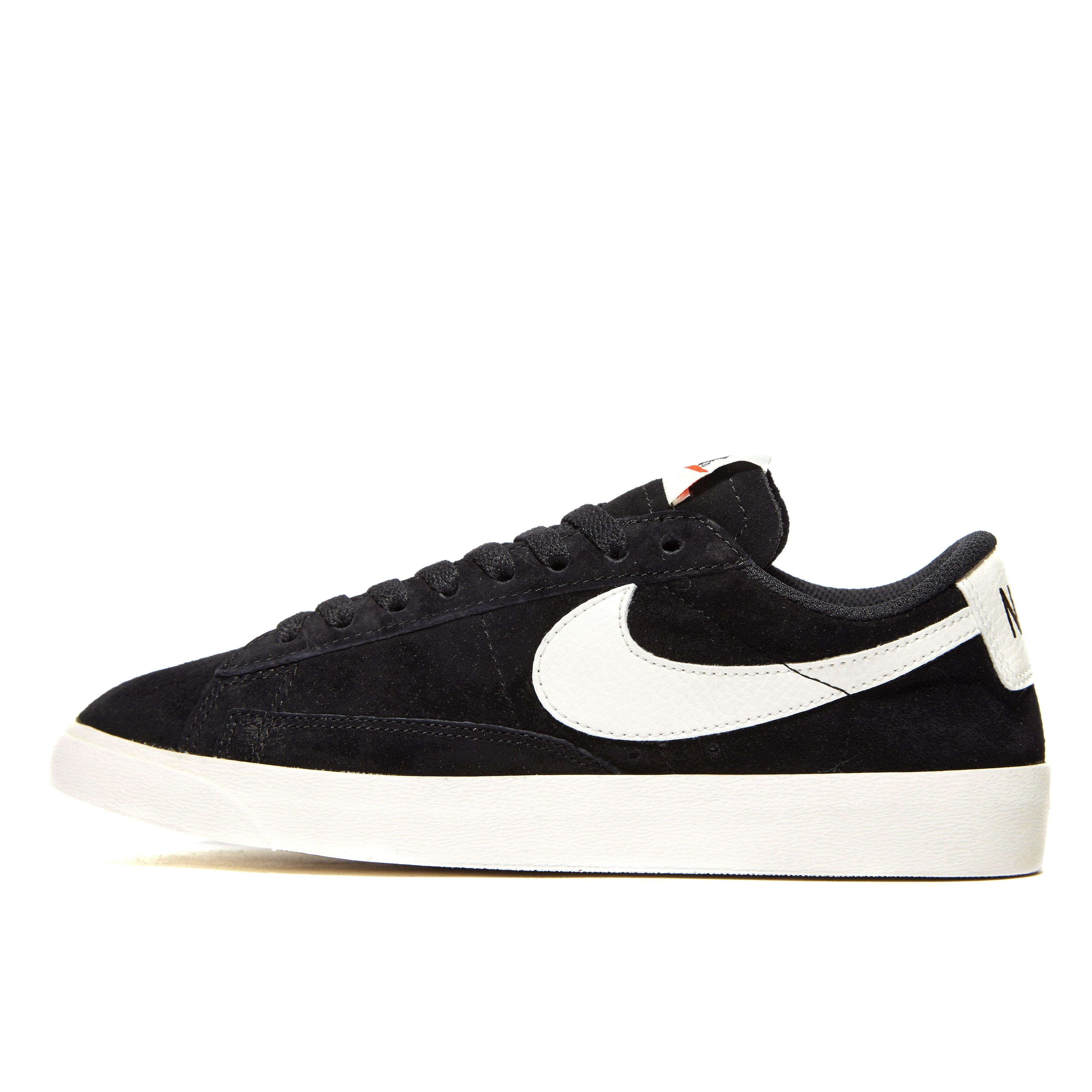 Nike Blazer Gris Colis Bas Formateurs Cru