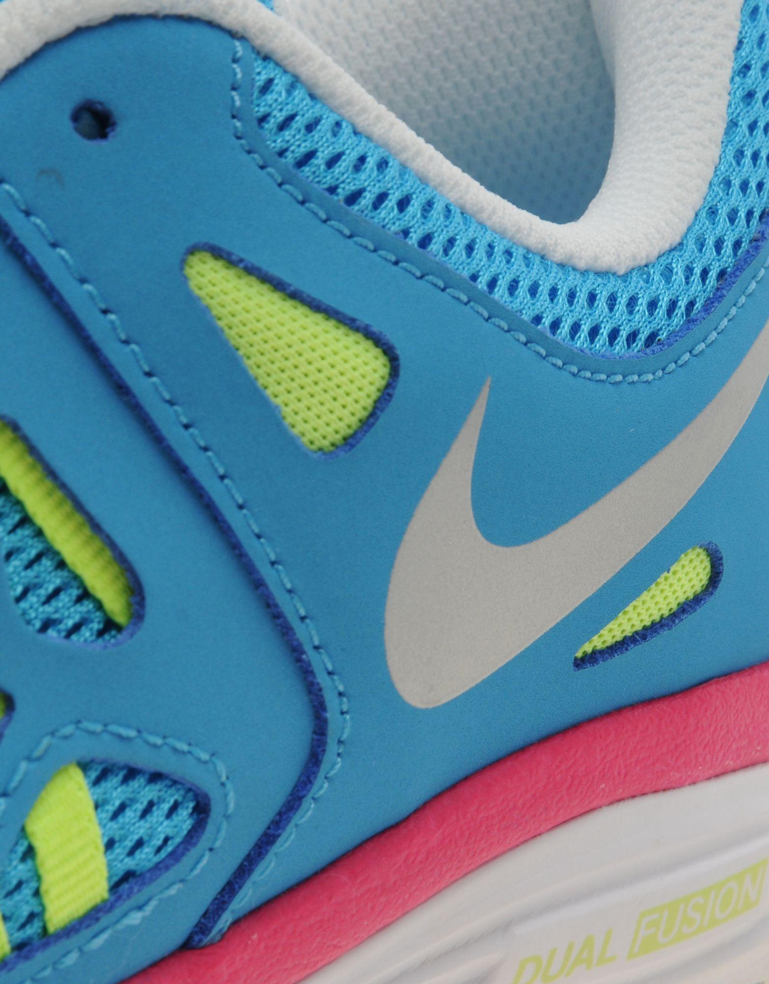 Nike Dual Fusion Junior