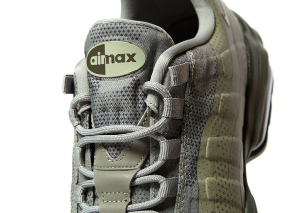 9d1d3ca2dceeb9 Nike Air Max 95 Ultra Essential