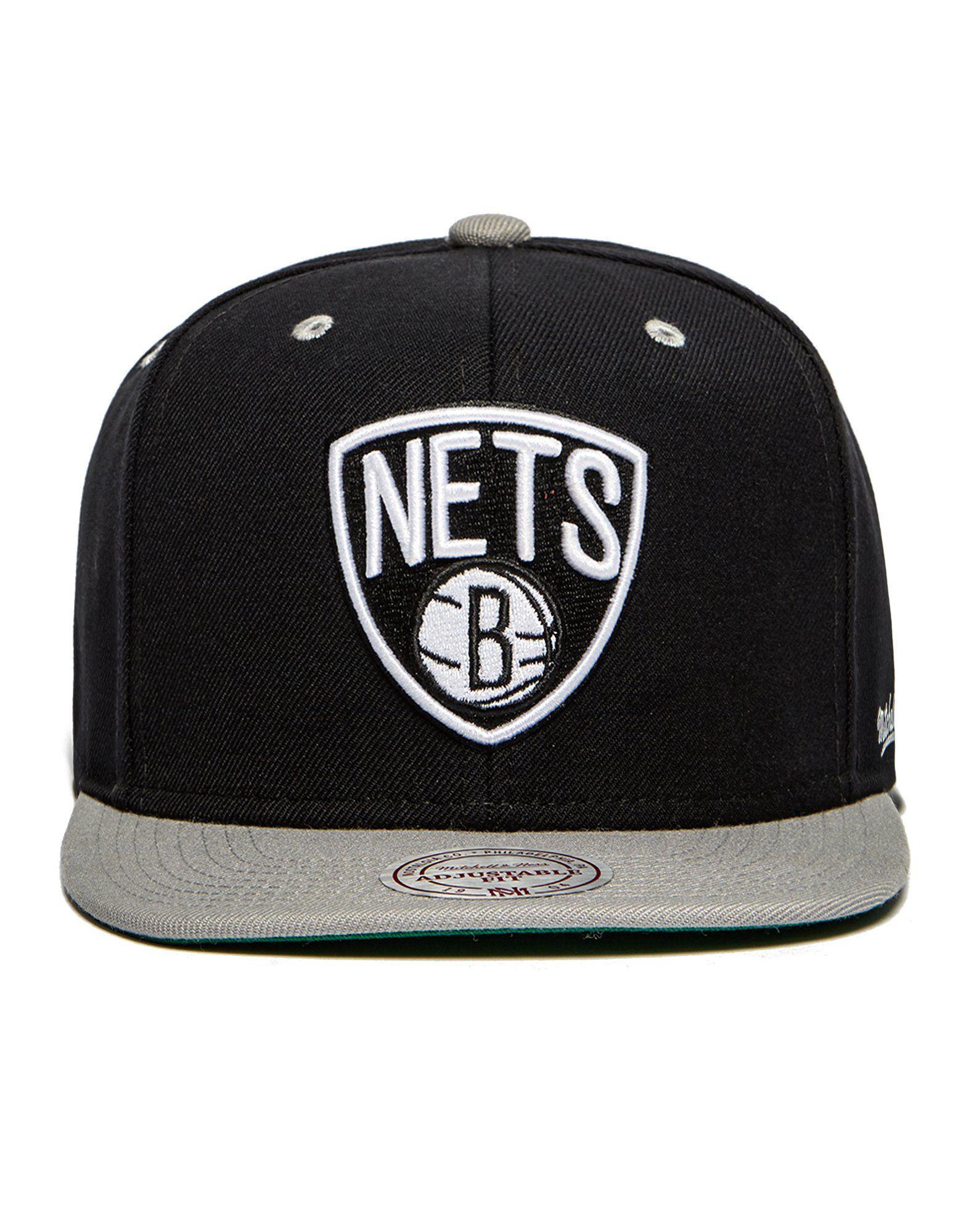 Mitchell & Ness NBA Brooklyn Nets Flipside SnapBack Cap