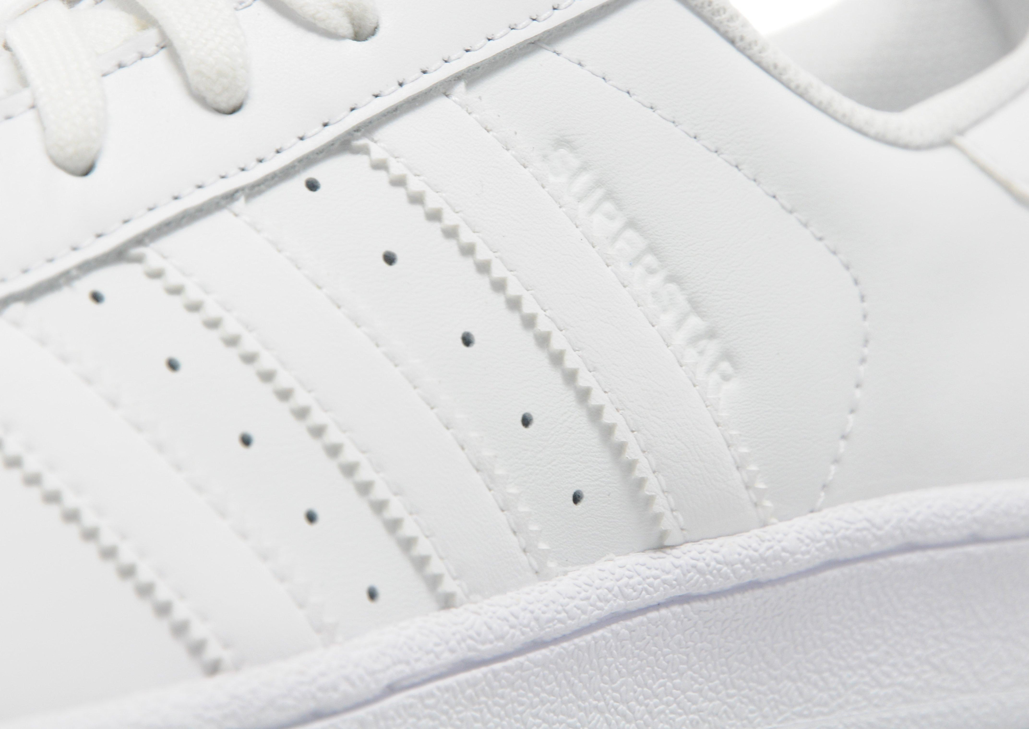 Adidas Superstar Silver Glitter Stripes ballinteerbandb.co.uk 0d5b5d0ec