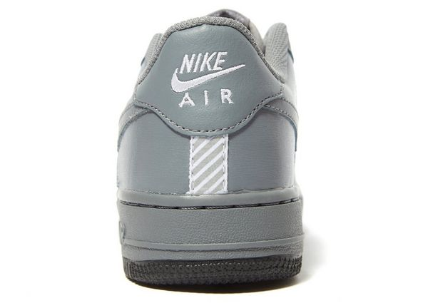 ce97141aa3a Nike Air Force 1 Low LV8 Junior