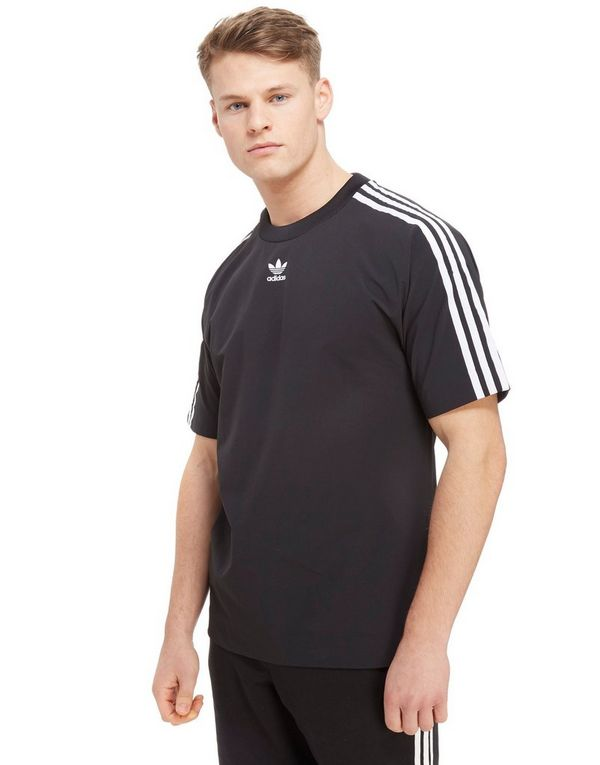 d8bb96f3eab8 adidas Originals Trefoil Warm Up T-Shirt
