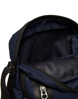 ab60b968906e Nike Core Small 3.0 Pouch Bag