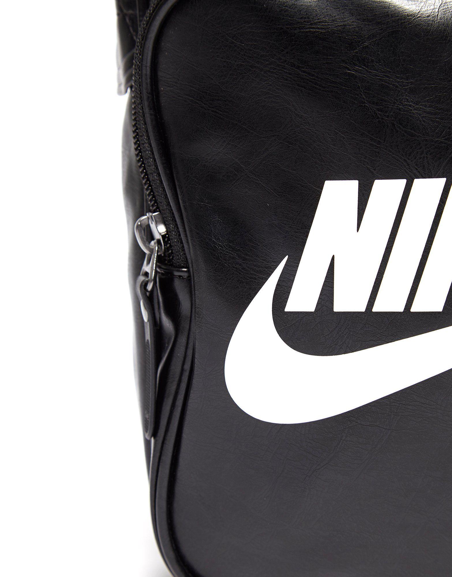 Nike Heritage Small Items Bag