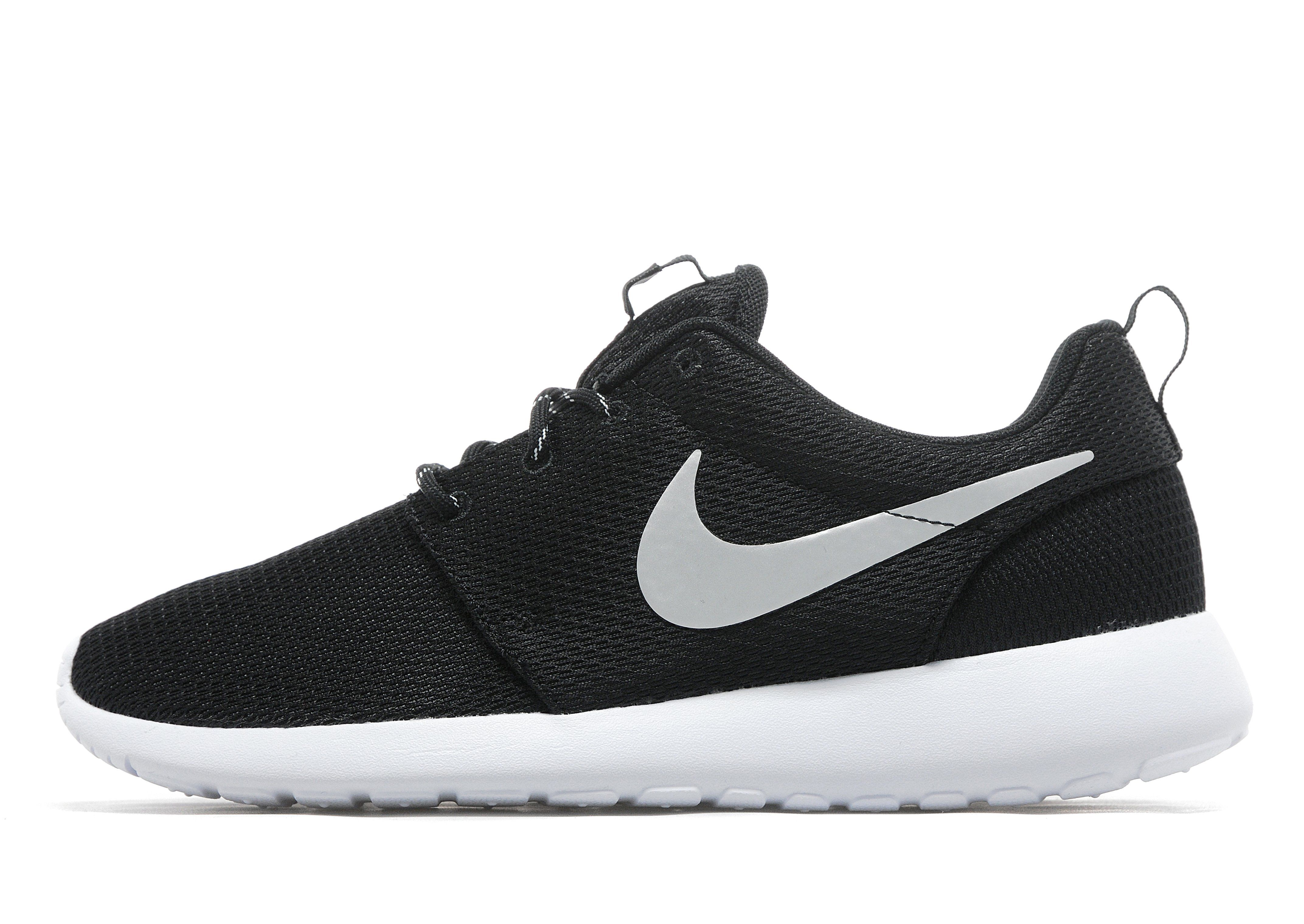 nike roshe run jd