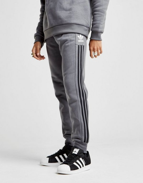adidas originals pantalon de surv tement id96 homme jd sports. Black Bedroom Furniture Sets. Home Design Ideas