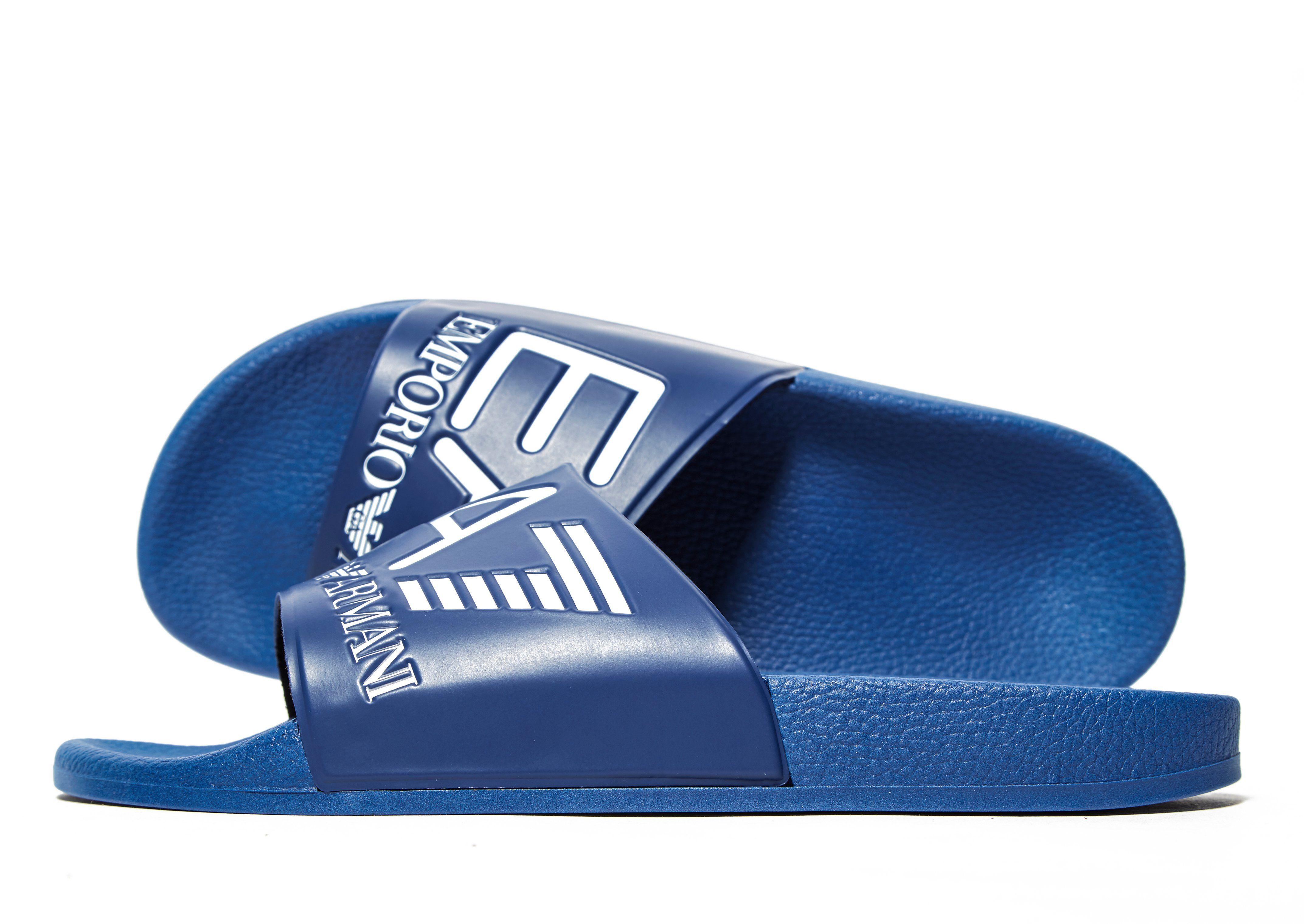 a464a5f342de Emporio Armani EA7 Sea World Slides