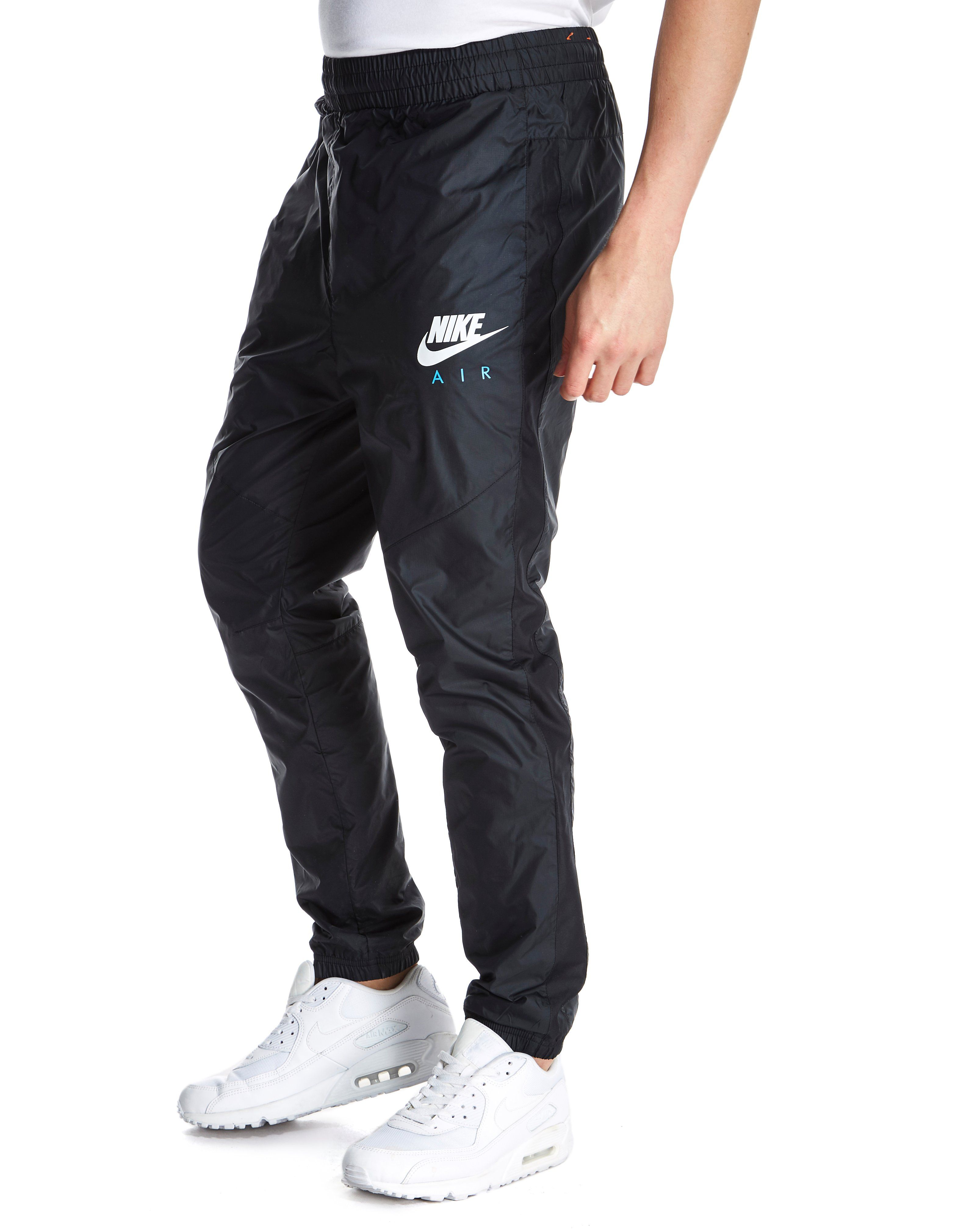 Cargo shorts with nike socks
