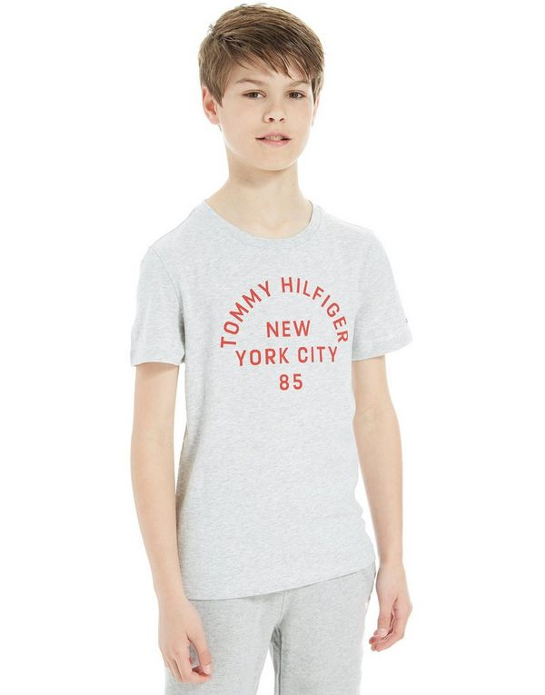 Tommy Hilfiger Graphic T-Shirt  a91075eaa7c
