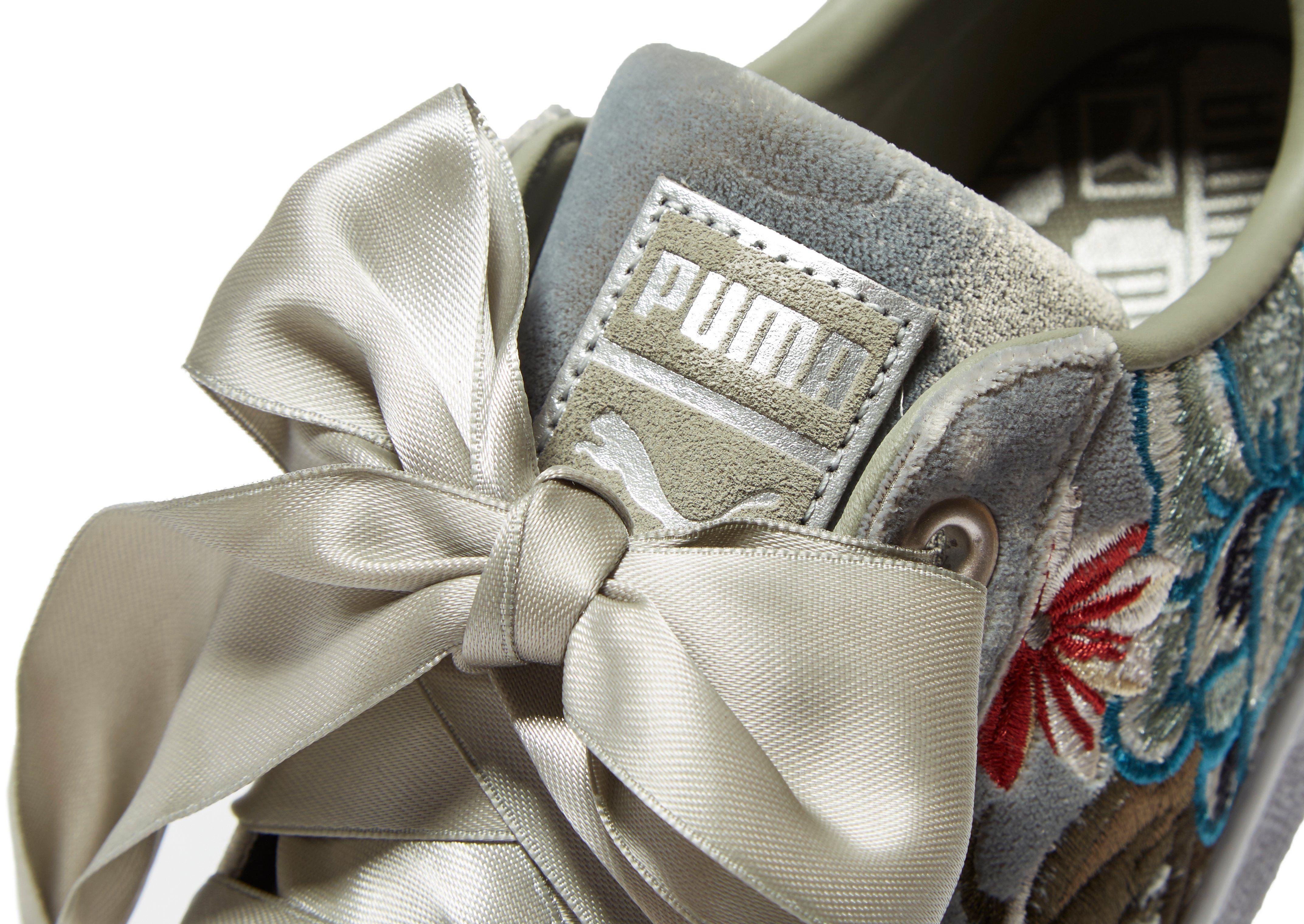 Verkaufsauftrag PUMA Basket Heart Embroidered Damen Grau Auslass Niedriger Preis Spielraum Echt Schlussverkauf IeSPWHM